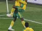 Copa Confederaciones: un doblete de Parker acerca a Sudáfrica a semifinales
