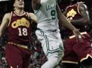 NBA play off, segunda ronda: los Celtics empatan su serie ante los Cavaliers, los Suns eliminan a San Antonio Spurs