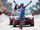 Giro de Italia 2010: Tschopp gana la última etapa de montaña y Basso se asegura la general
