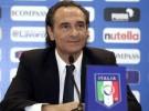 Cesare Prandelli es presentado como seleccionador de Italia
