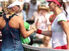 Masters de Miami 2011: Petkovic derrota a número uno del mundo Caroline Wozniacki, pierde Anabel Medina Garrigues