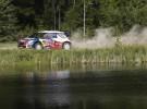 Rally de Finlandia: Loeb e Hirvonen dominan tras las segunda jornada