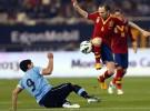 España gana a Uruguay la batalla de los campeones