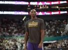NBA: Bryant renueva por los Lakers mientras ultima su recuperación