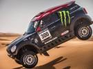 Peugeot y Mini presentan los coches que pilotarán Carlos Sainz y Nani Roma en el Dakar