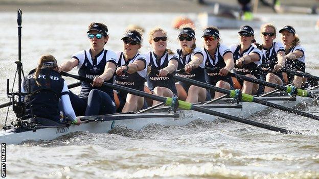 Oxford gana la regata femenina