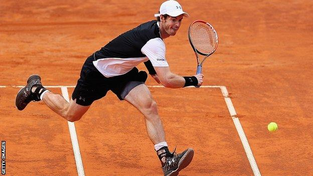 Murray a semifinales en Roma