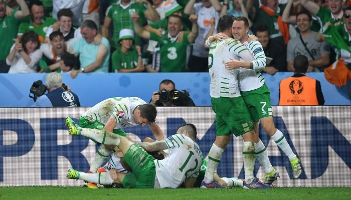 Irlanda se clasifica para octavos de final