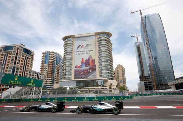 Mercedes en Baku