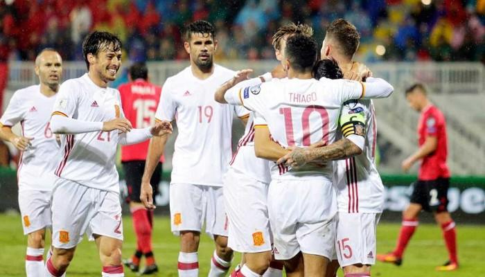 España ganó en Albania y ya es líder de su grupo