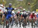 Fernando Gaviria gana la París – Tours 2016