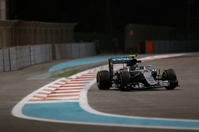 Mercedes F1 en Yas Marina