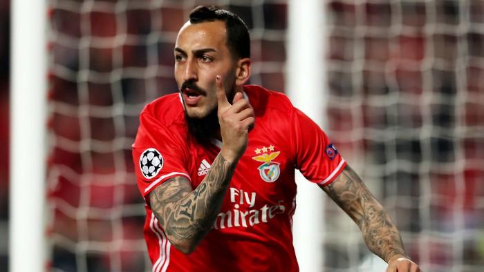 El griego Mitroglou marcó el único gol del Benfica