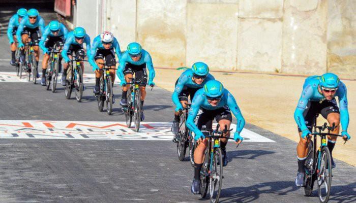 El Astana gana la clasificación por equipos de la Vuelta a España