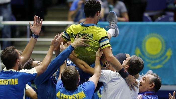 Kazajstán deja a Argentina fuera del Grupo Mundial de la Copa Davis