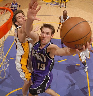 Gasol en la derrota de Lakers frente a Sacramento Kings