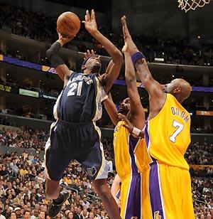 LakersGrizzlies