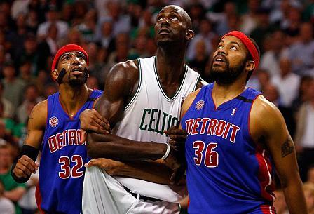 Los Celtics ganan a los Pistons y se colocan 3-2 en la serie