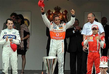 Hamilton venció en un accidentado GP de Mónaco
