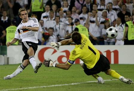 Lahm di a Alemania el pase a semifinales
