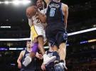 Kobe Bryant pasará por quirofano y es duda para el inicio de temporada