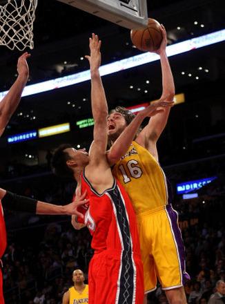 Gasol en el Lakers contra Nets