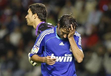 Raul, en la derrota del R. Madrid en Valladolid