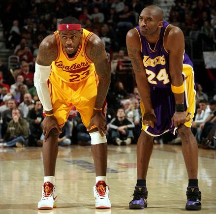 Lebron James y Kobe Bryant en el Lakers Cavaliers