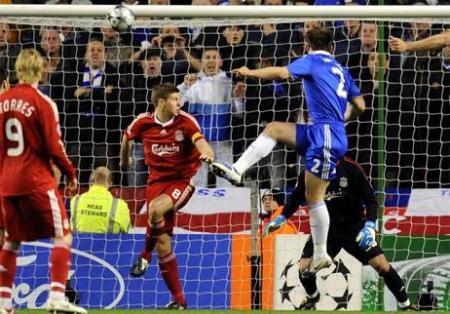 Chelsea gano al Livepool 1-3 en la Liga de Campeones