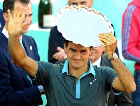 Federer gana en Madrid