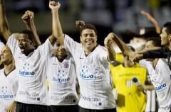 Ronaldo sigue triunfando en Brasil y hace doblete