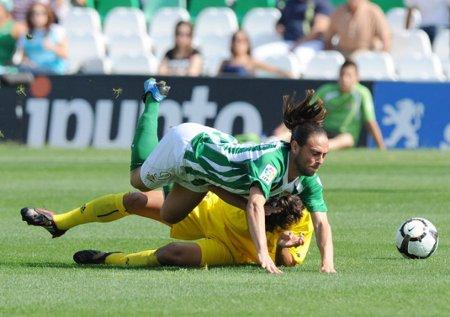 Liga Española 2009/10 2ª División: el Cartagena logra un puntito y se mantiene en cabeza