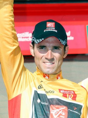 La próxima Vuelta a España saldrá de Sevilla y cambiará el color del maillot de líder