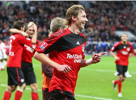El imbatible Bayer Leverkusen sigue liderando la Bundesliga