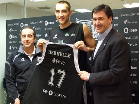 Axel Hervelle se marcha cedido del Real Madrid al Bilbao Basket
