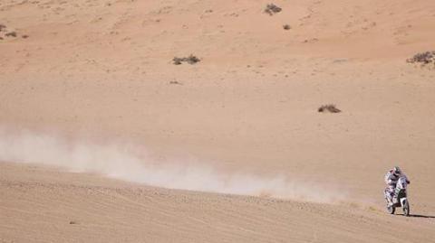 Chaleco Lopez gano la etapa de hoy en el  Dakar