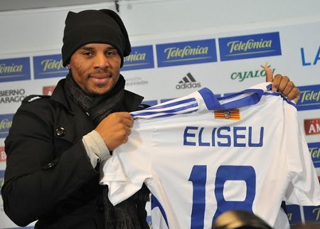 El centrocampista Eliseu en su presentación como jugador del Zaragoza