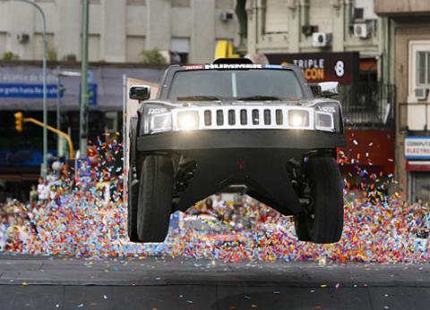 Robby Gordon con su Hummer