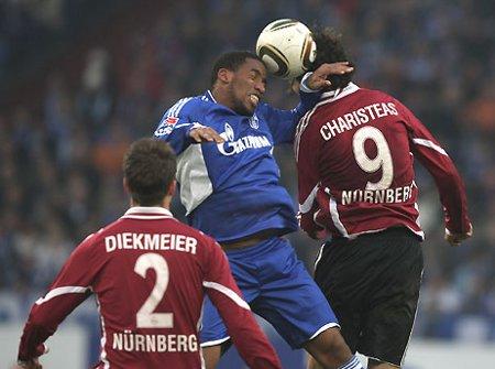 El Schalke 04 sigue metiendo presión a un Leverkusen que no falla