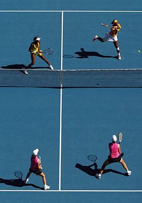 Venus y Serena Williams se apuntaron los dobles en Australia