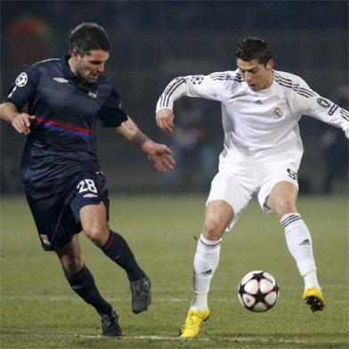 El Real Madrid perdio ante el Lyon