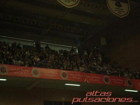 La aficion alicantina acompaño a su equipo a Murcia