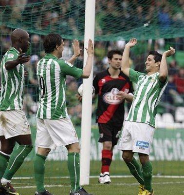 Jonathan Pereira logró dos goles en la victoria del Betis frente al Rayo Vallecano