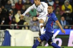 Liga Española 2009/10 1ª División: Higuaín y Cristiano Ronaldo devuelven al Real Madrid a la primera posición