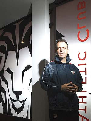 Joaquín Caparrós entrenará al Athletic en la temporada 2010/11