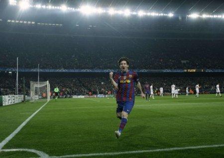 Leo Messi logró dos goles en la goleada del Barcelona al Stuttgart