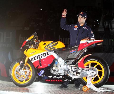 Dani Pedrosa en la presentacion del equipo Repsol Honda