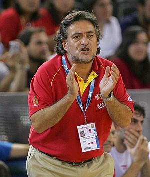 Pepu Hernández llevó al oro mundial a España y ahora dirigirá al DKV Joventut
