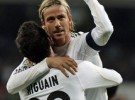 Liga Española 2009/10 1ª División: el Madrid gana al Valencia y recorta la diferencia