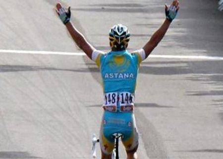 Lieja – Bastogne – Lieja: victoria para Vinokourov con Valverde en tercera posición